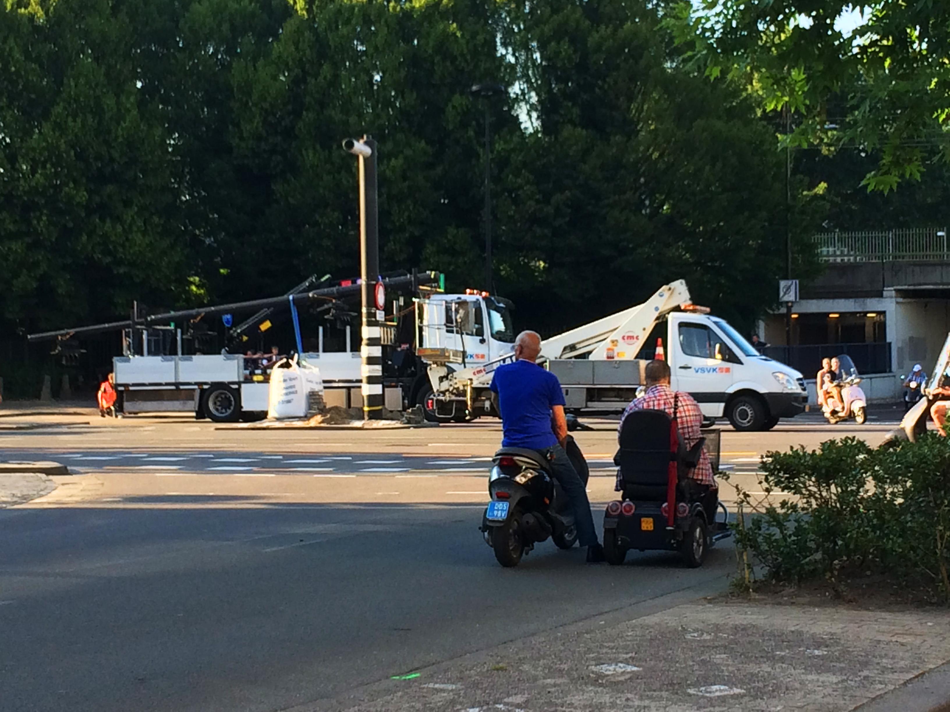 Tilburg.com: Mauwen en lauwen met de Kijkmannen